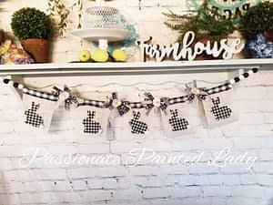 Farmhouse Spring easy Banner using Mod Podge,Dollar Tree and Dixie Belle Paint Company products